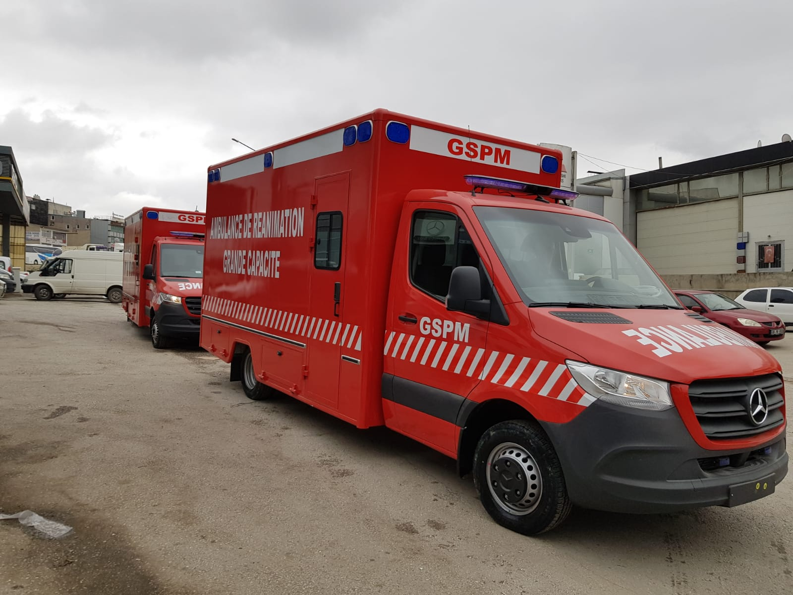 SENEGAL MINITRSY OF HEALTH 2 UNITS OF AMBULANCES - MAY 2020