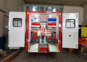 Box Type Ambulance